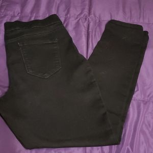 9 West pull on skinny stretch jeans